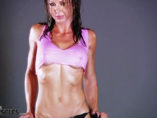 Vicky Star hot and sweaty in gym shoot-9