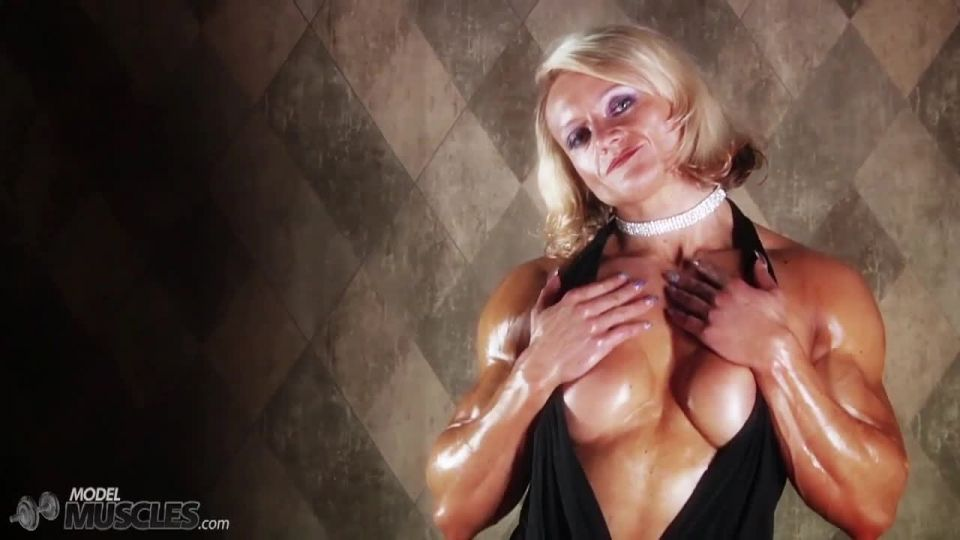 Brigita is a muscle worshiper dream come true