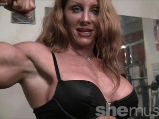 Sexy Muscle Goddess IronFire Shows Off Her Physique-1