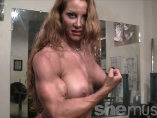 Sexy Muscle Goddess IronFire Shows Off Her Physique-5