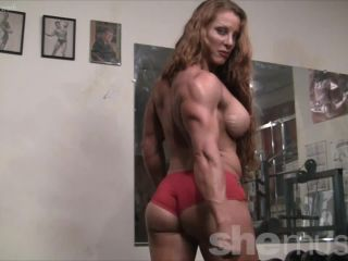 Sexy Muscle Goddess IronFire Shows Off Her Physique-8