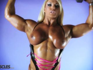 Lisa Cross Work Out her Tasty Tits-4