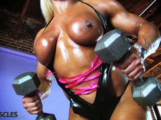 Lisa Cross Work Out her Tasty Tits-9