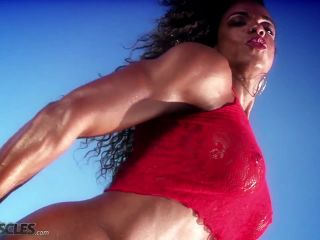 Muscle bound babe Alexis Ellis-8